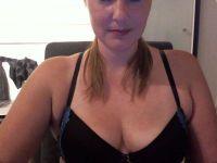 Online live chat met serena82