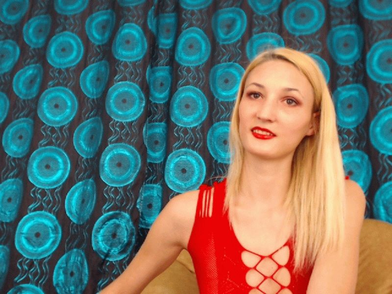 Nu live hete webcamsex met Hollandse amateur  sexyalyson?