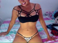Nu live hete webcamsex met Hollandse amateur  sexyass4u?