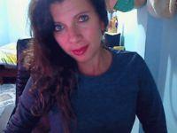 Nu live hete webcamsex met Hollandse amateur sexymorena?