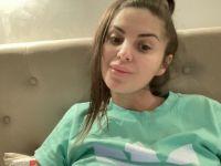 Nu live hete webcamsex met Hollandse amateur  sexyselina?