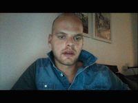 Nu live hete webcamsex met Hollandse amateur  sk26?