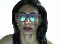 Webcam sexchat met slankyslut uit AmsterdamZuidoost