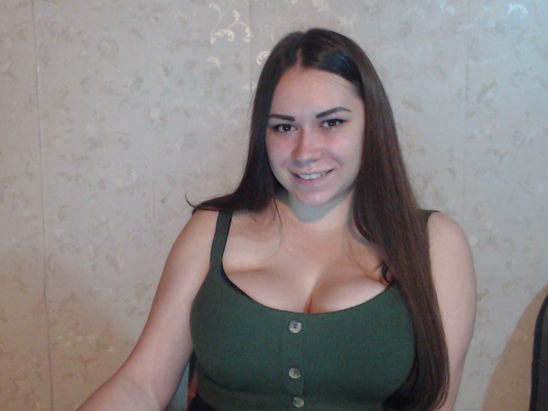 Nu live hete webcamsex met Hollandse amateur  suckmycandy?