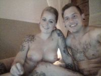 Nu live hete webcamsex met Hollandse amateur  tattookoppel?