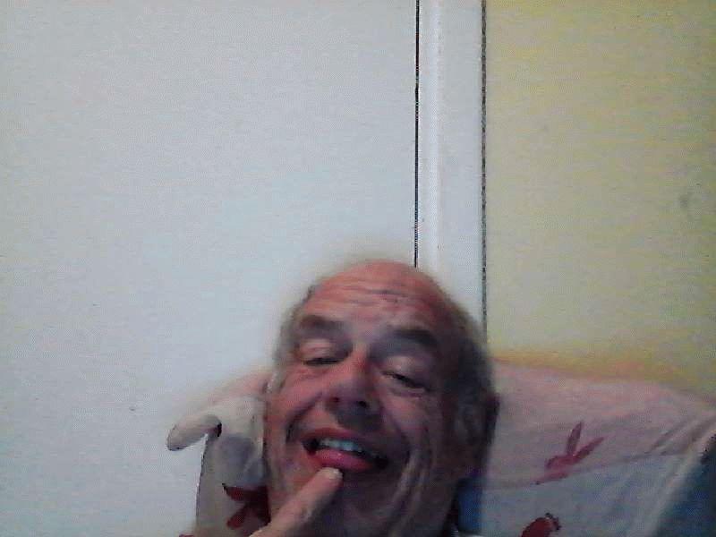 Nu live hete webcamsex met Hollandse amateur  tinahot?