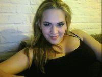 Nu live hete webcamsex met Hollandse amateur  vera21?
