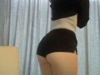 Nu live hete webcamsex met Hollandse amateur  xlexie?