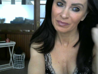 39 jarige huisvrouw xxelise uit Oostende verlegt geile grenzen voor haar webcam!