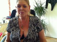 Online live chat met yvonnehot