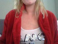 Lekker webcam sexchatten met blondje88  uit Hoorn