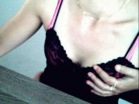 Lekker webcam sexchatten met hotsakina  uit Rotterdam