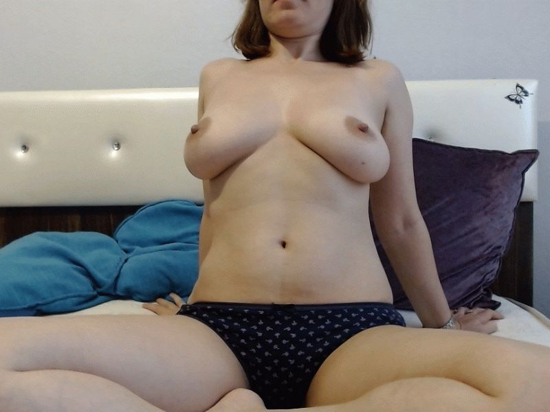 Nu live hete webcamsex met Hollandse amateur Wonderfullove?